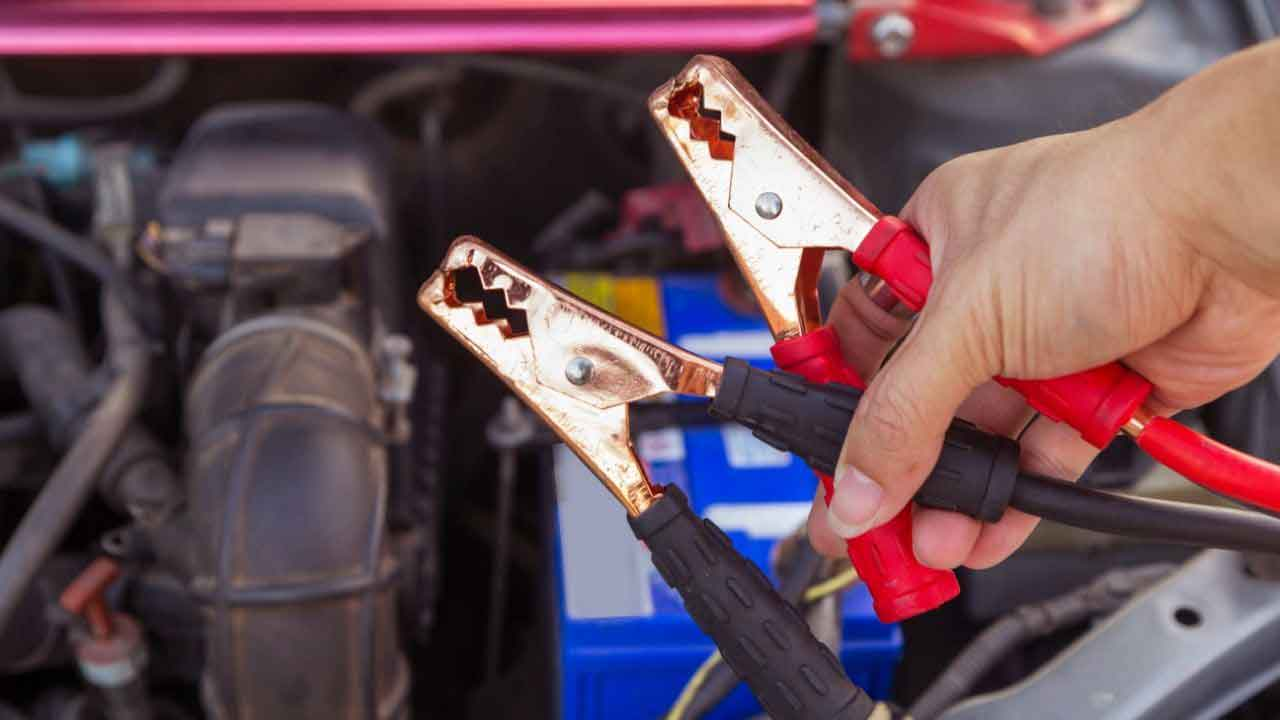 jumper cables to connect two cars